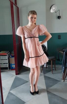krótka różowa sukienka